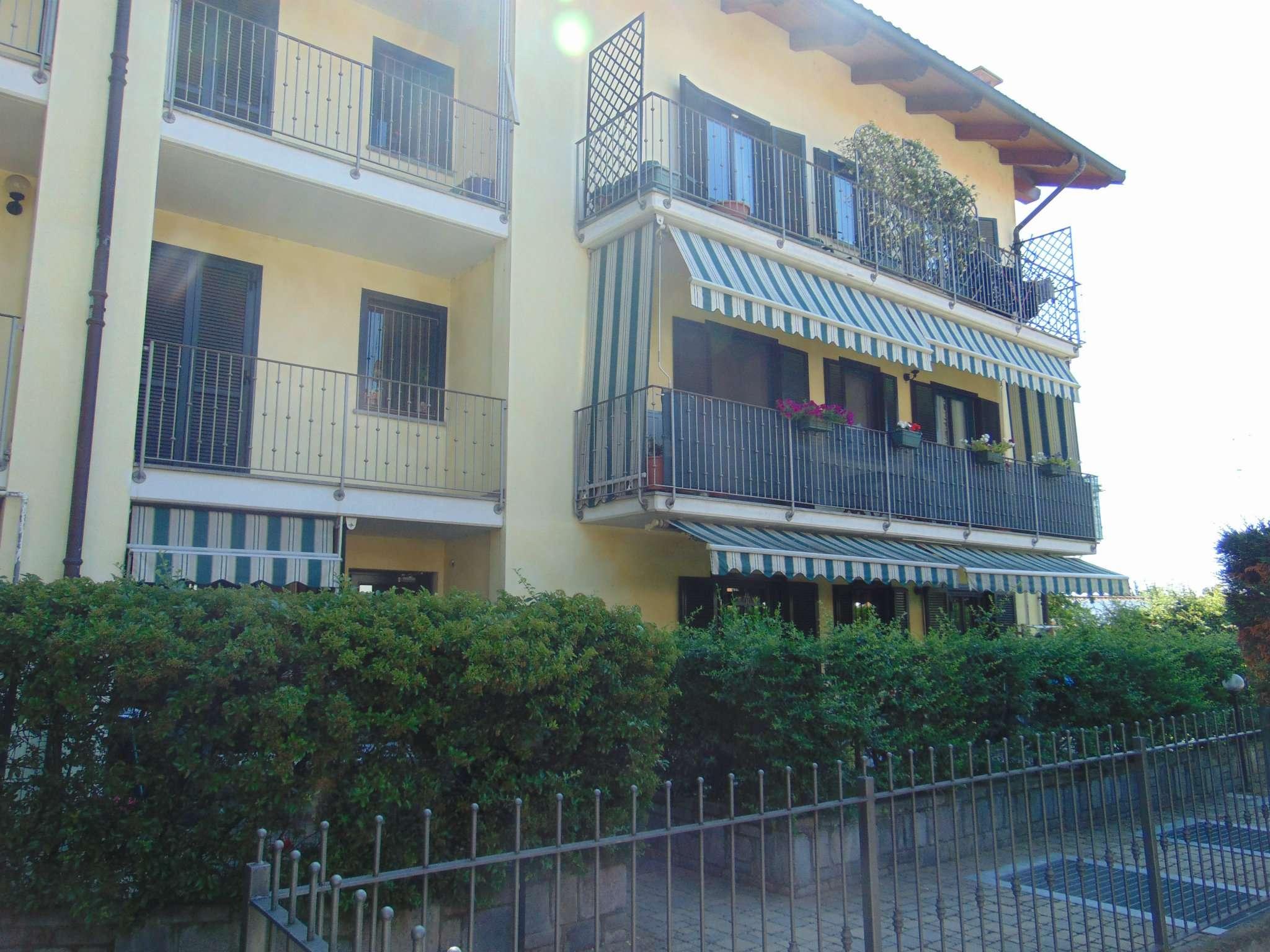 Appartamento in ottime condizioni in vendita Rif. 6841442