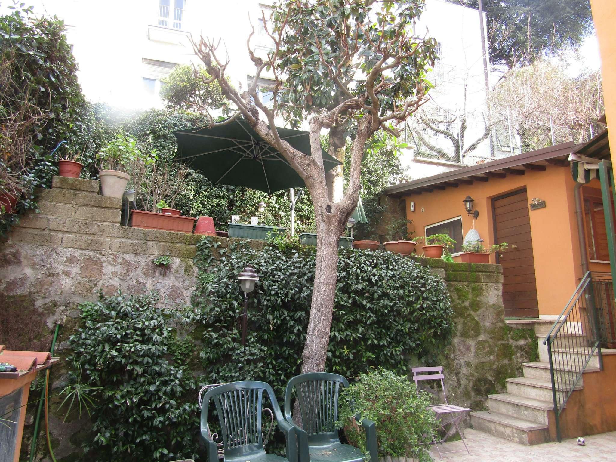 Villa in vendita a Roma, 15 locali, zona Zona: 32 - Fleming, Vignaclara, Monte Milvio, prezzo € 720.000 | CambioCasa.it