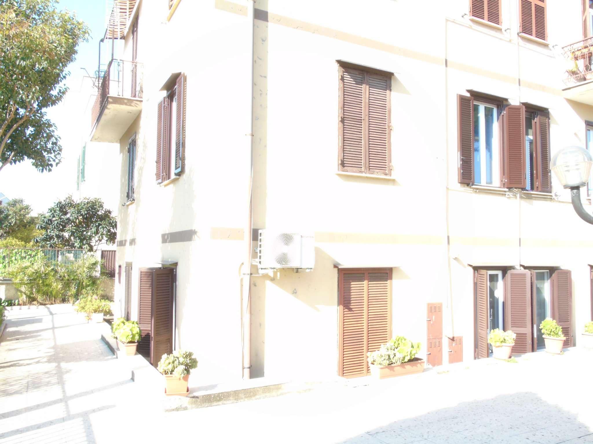 Appartamento in vendita a Roma, 3 locali, zona Zona: 15 . Appio Latino, Appia Antica, Furio Camillo, Alberone, prezzo € 199.000   CambioCasa.it
