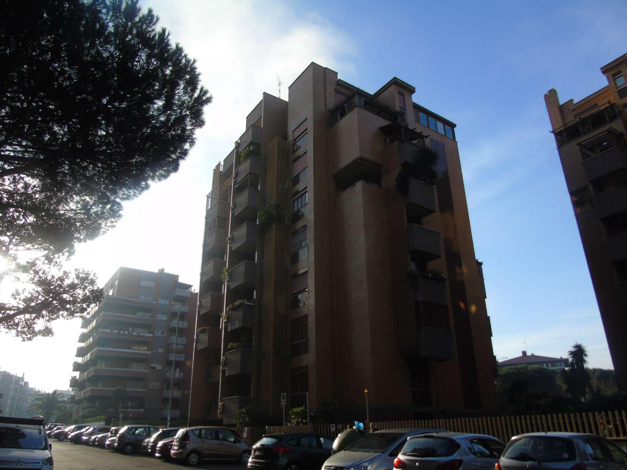 Attico / Mansarda in vendita a Roma, 6 locali, zona Zona: 21 . Laurentina, prezzo € 980.000 | CambioCasa.it