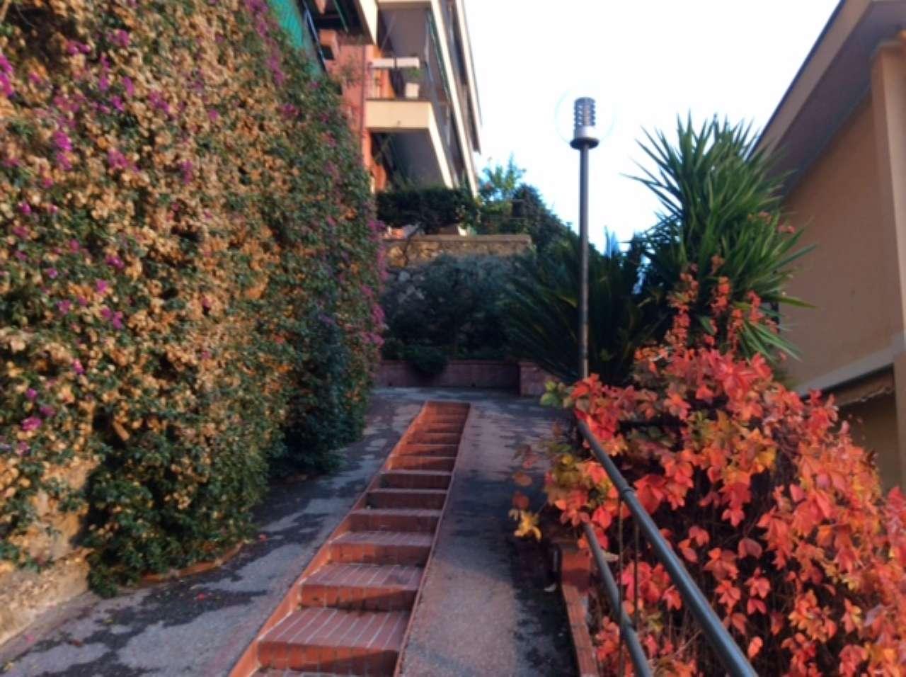 Appartamento in vendita a Sori, 6 locali, prezzo € 365.000 | CambioCasa.it