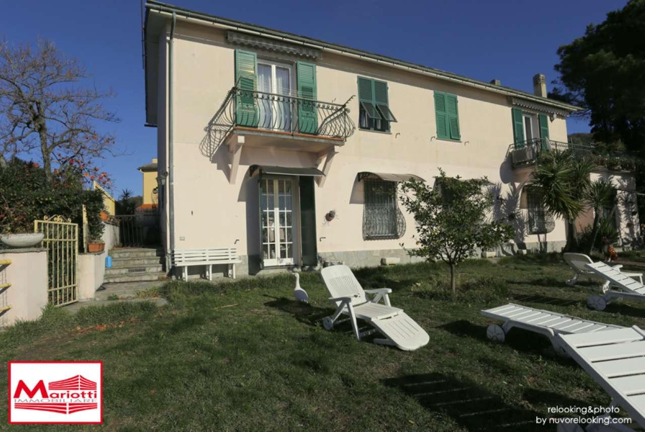 Appartamento in vendita a Recco, 7 locali, prezzo € 900.000   CambioCasa.it