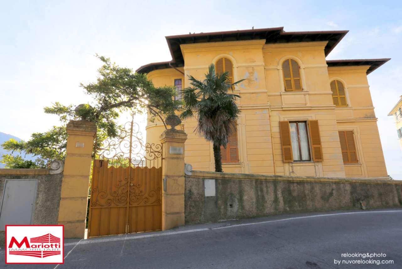 Appartamento in buone condizioni in vendita Rif. 8887196