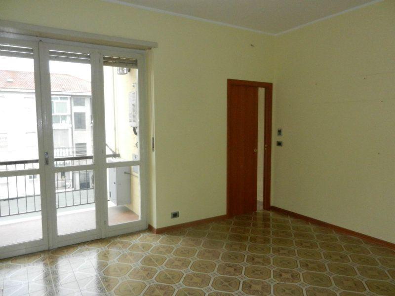 Appartamento in affitto a Druento, 3 locali, prezzo € 650 | PortaleAgenzieImmobiliari.it