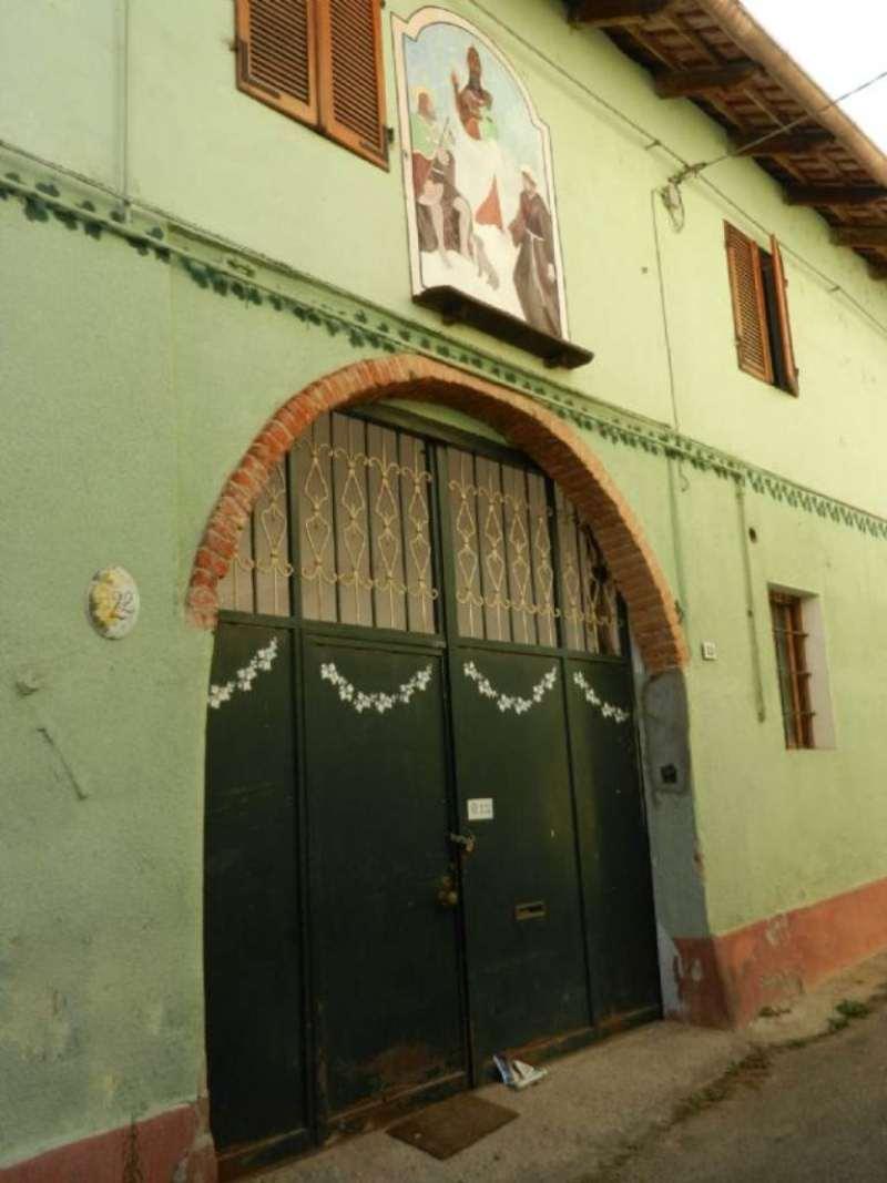 Soluzione Indipendente in vendita a Foglizzo, 8 locali, prezzo € 145.000 | CambioCasa.it