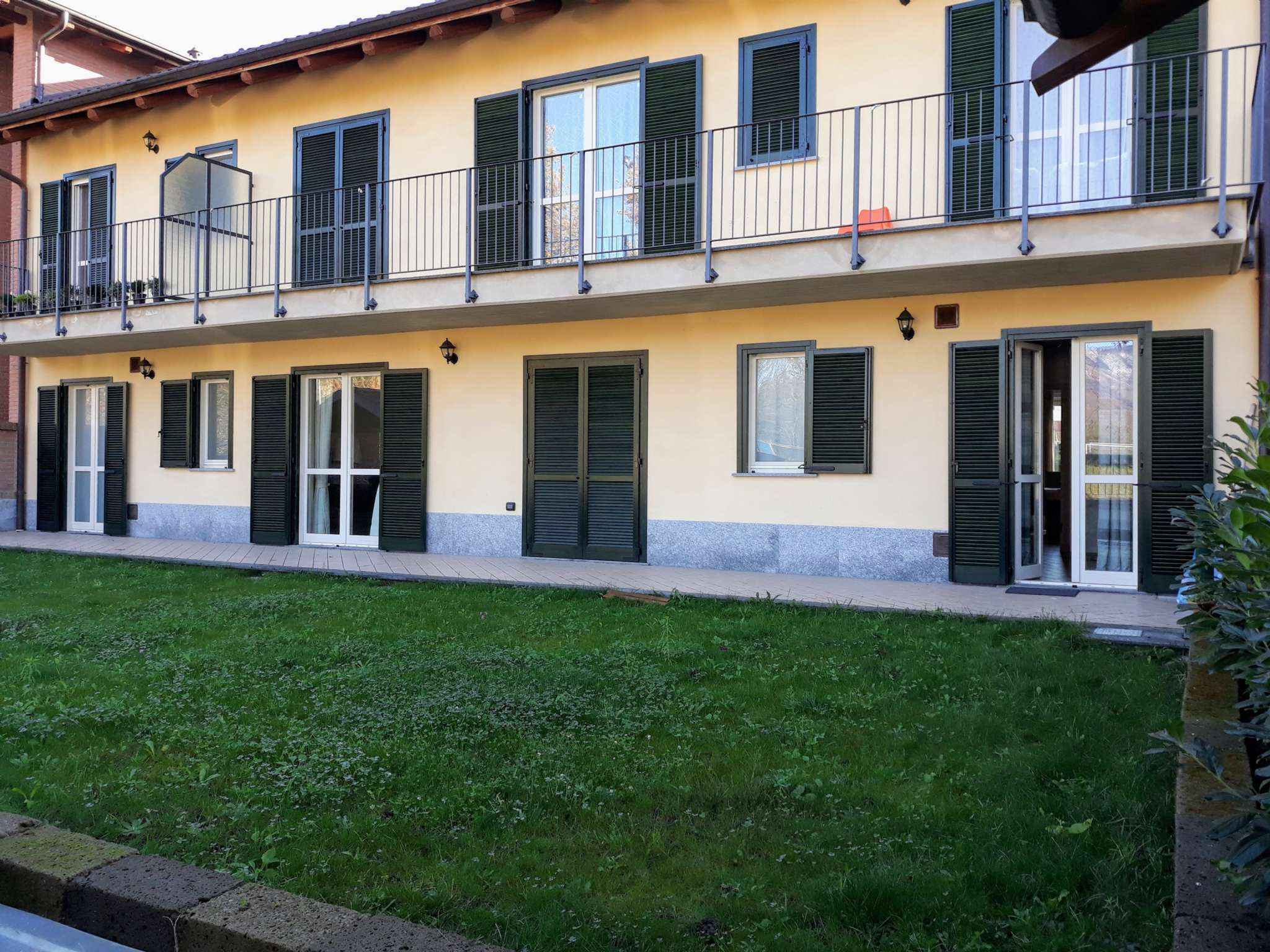Appartamento in vendita via Via Fiano Robassomero