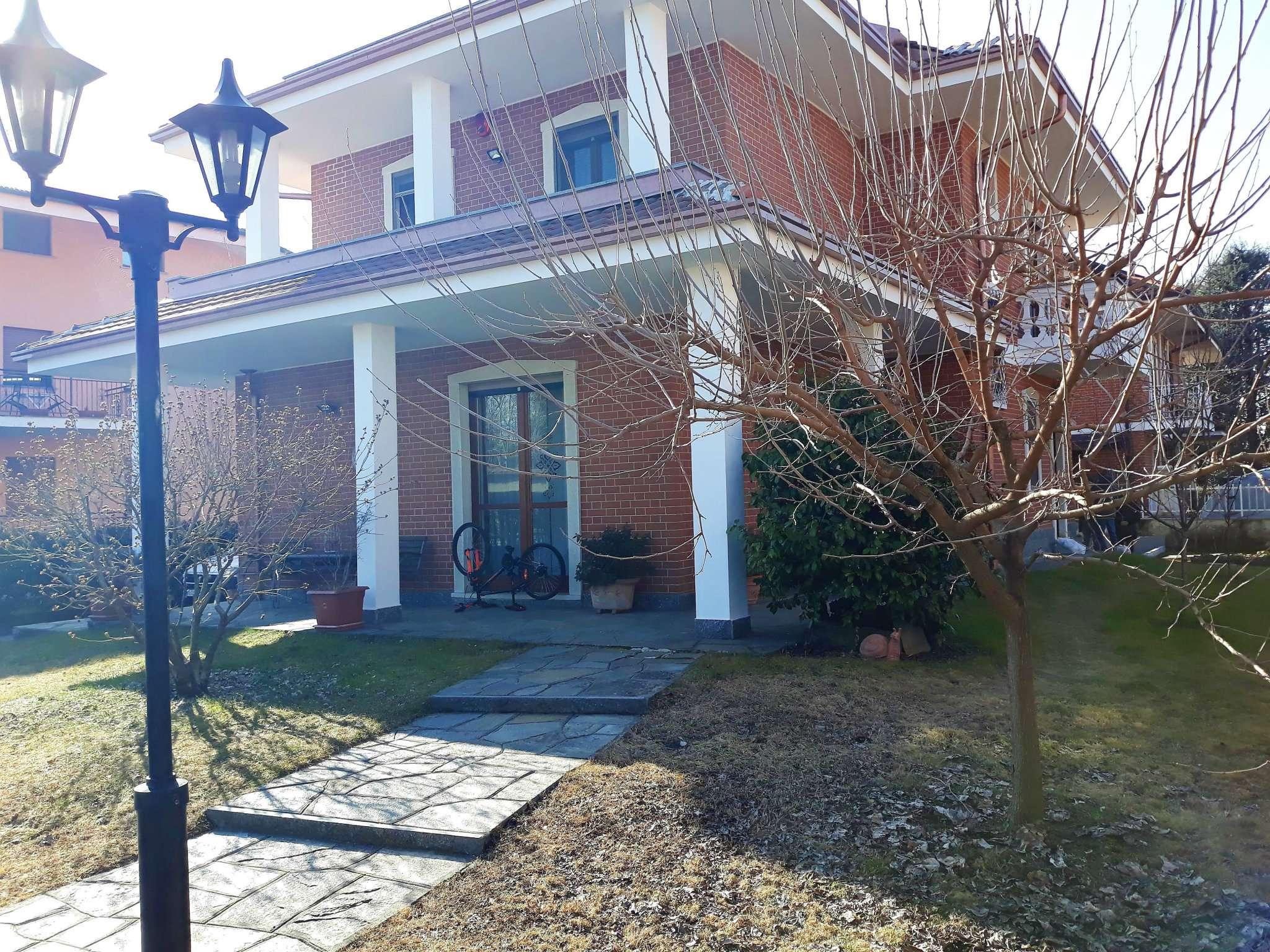 Villa in vendita via Guido Rossa  4 Robassomero