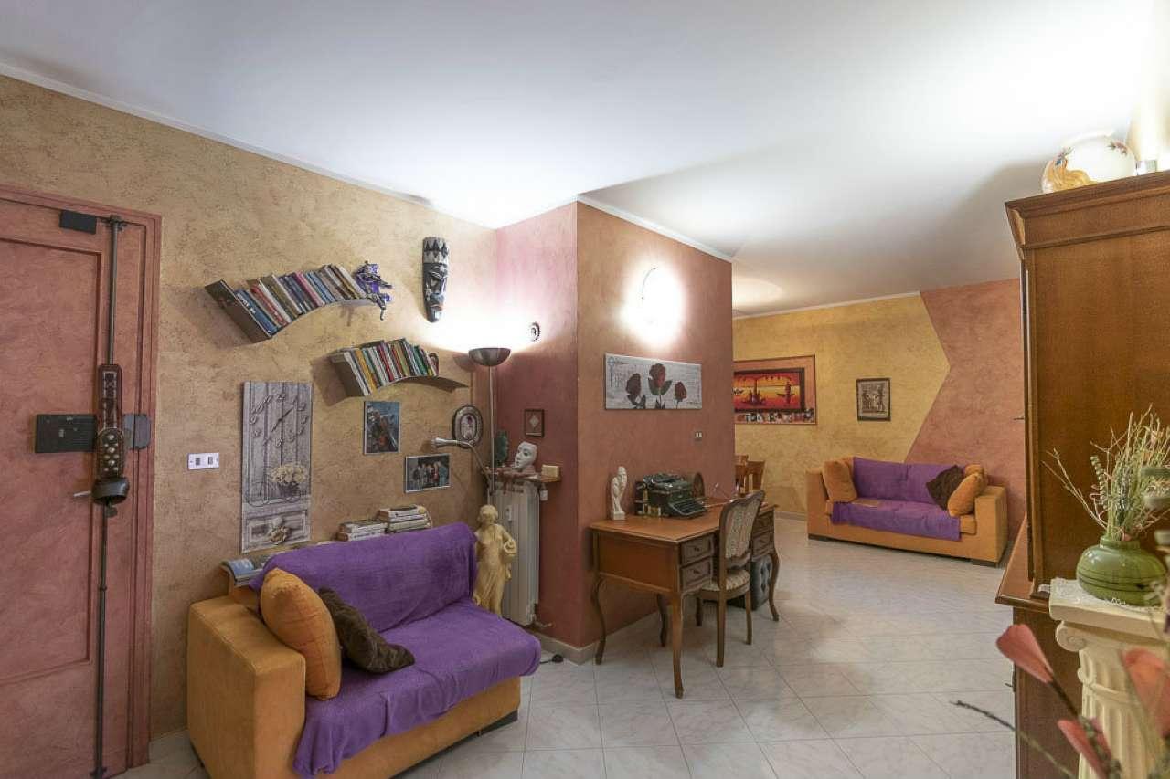 Appartamento in vendita via Tessarin Venaria Reale
