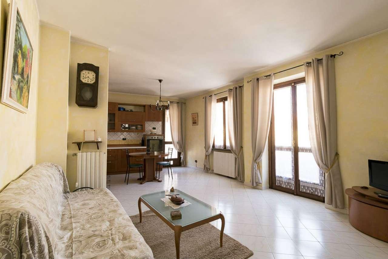 Soluzione Indipendente in vendita a Venaria Reale, 4 locali, prezzo € 259.000 | PortaleAgenzieImmobiliari.it