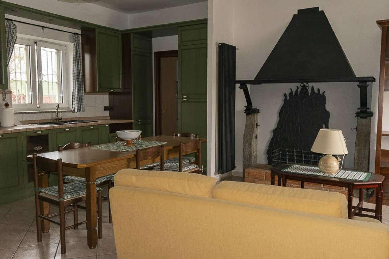 Appartamento in affitto via G. Amati Venaria Reale