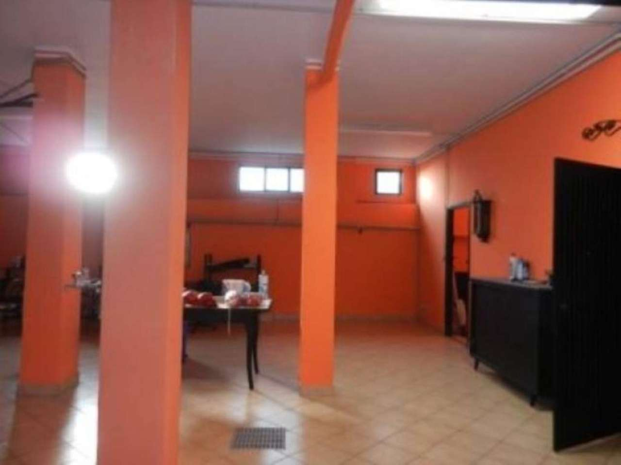 Magazzino/Laboratorio in vendita via gambalunga Venaria Reale