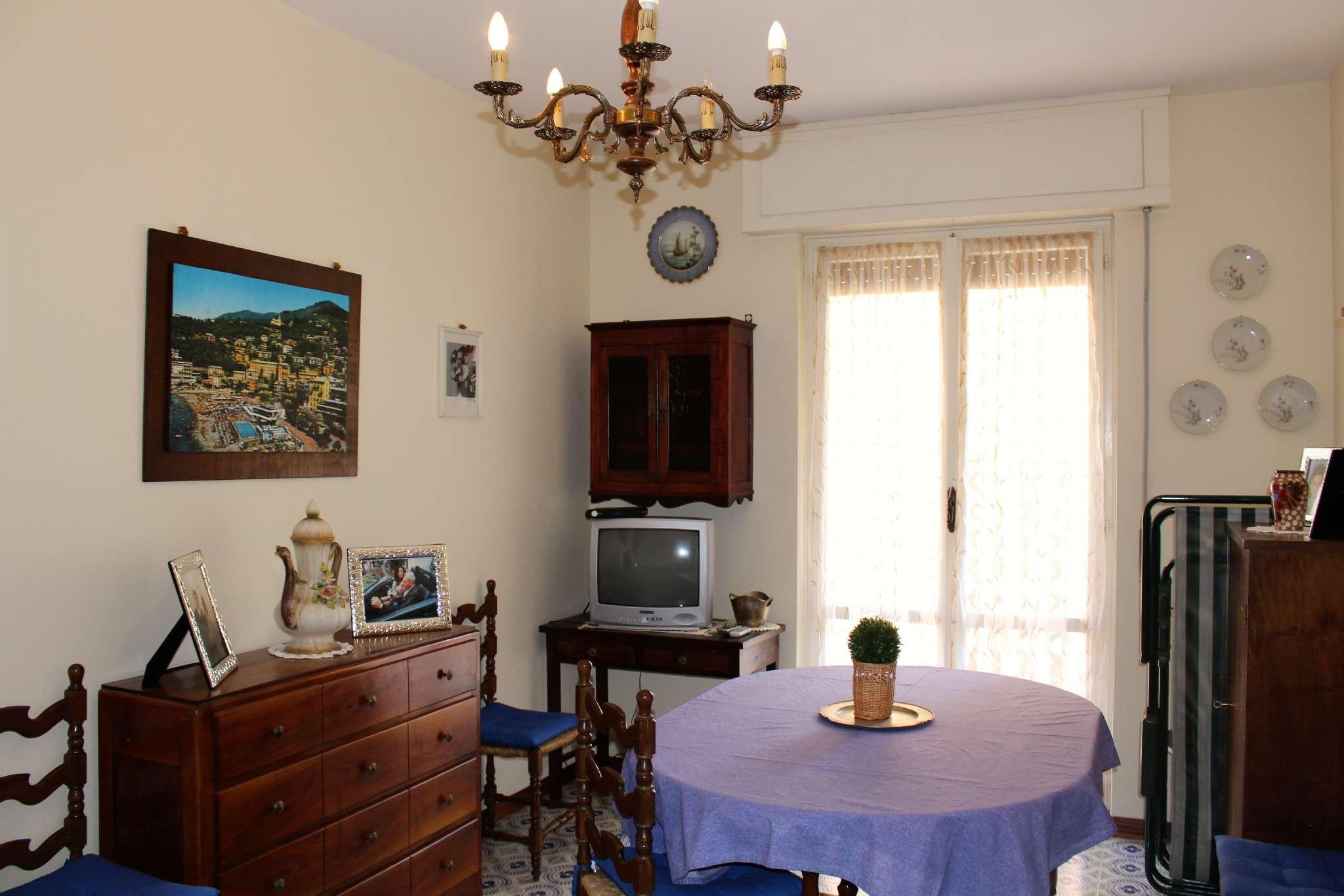 Appartamento in buone condizioni arredato in affitto Rif. 8006049