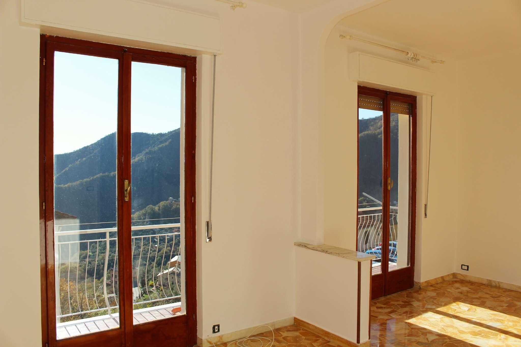 Appartamento in ottime condizioni in affitto Rif. 7174766
