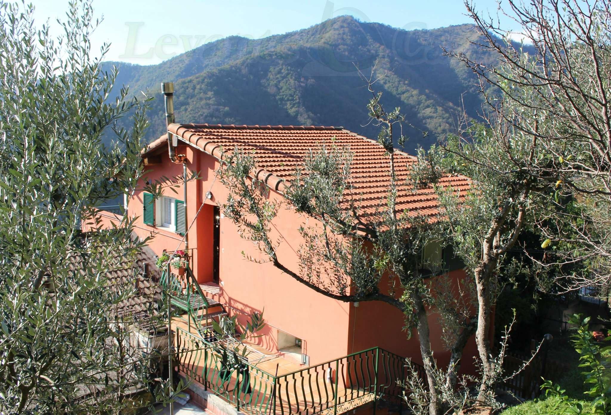 Porzione di casa in buone condizioni parzialmente arredato in vendita Rif. 8872130