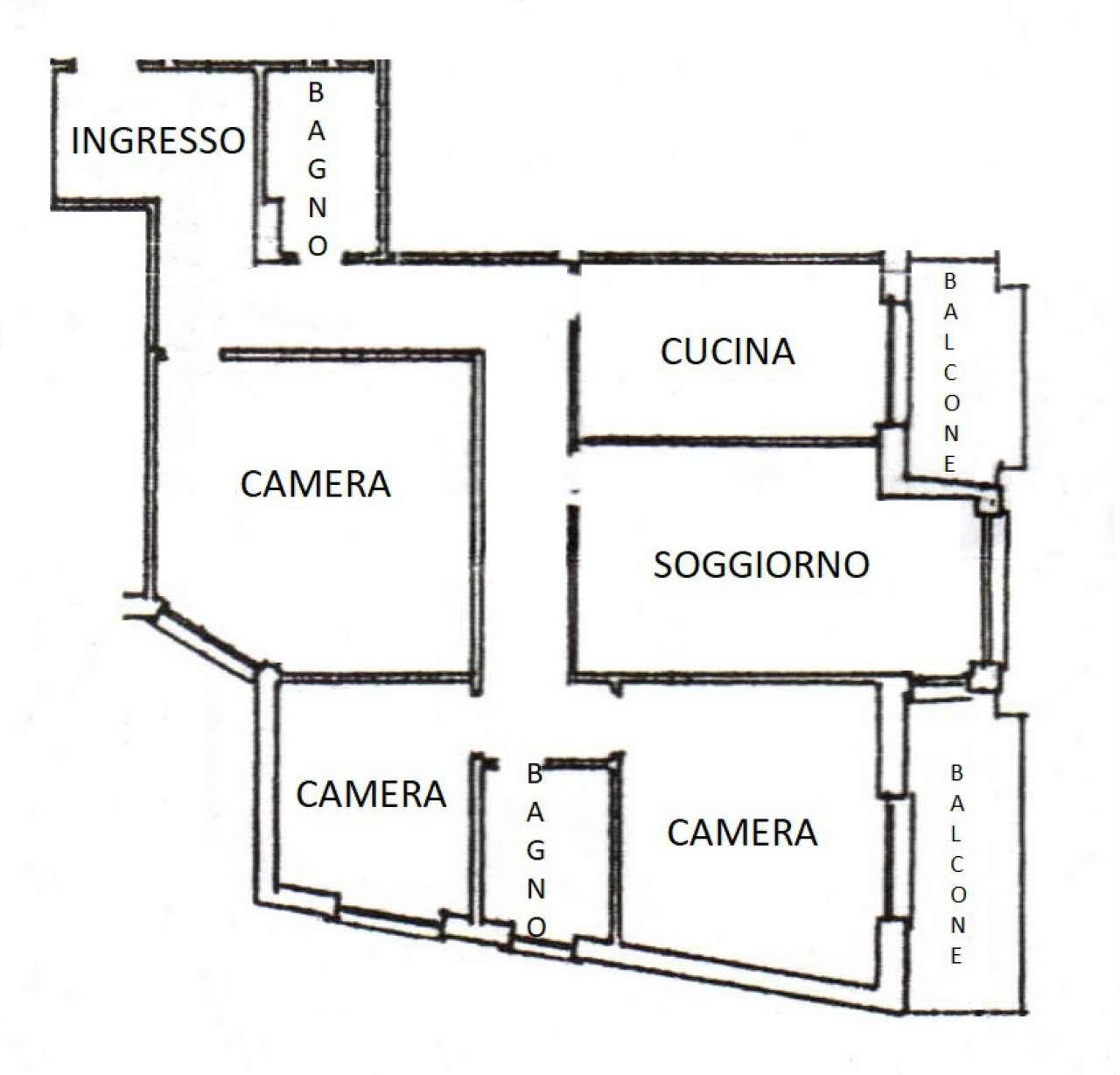 Appartamento 100 Mq - tre camere da letto - doppi servizi