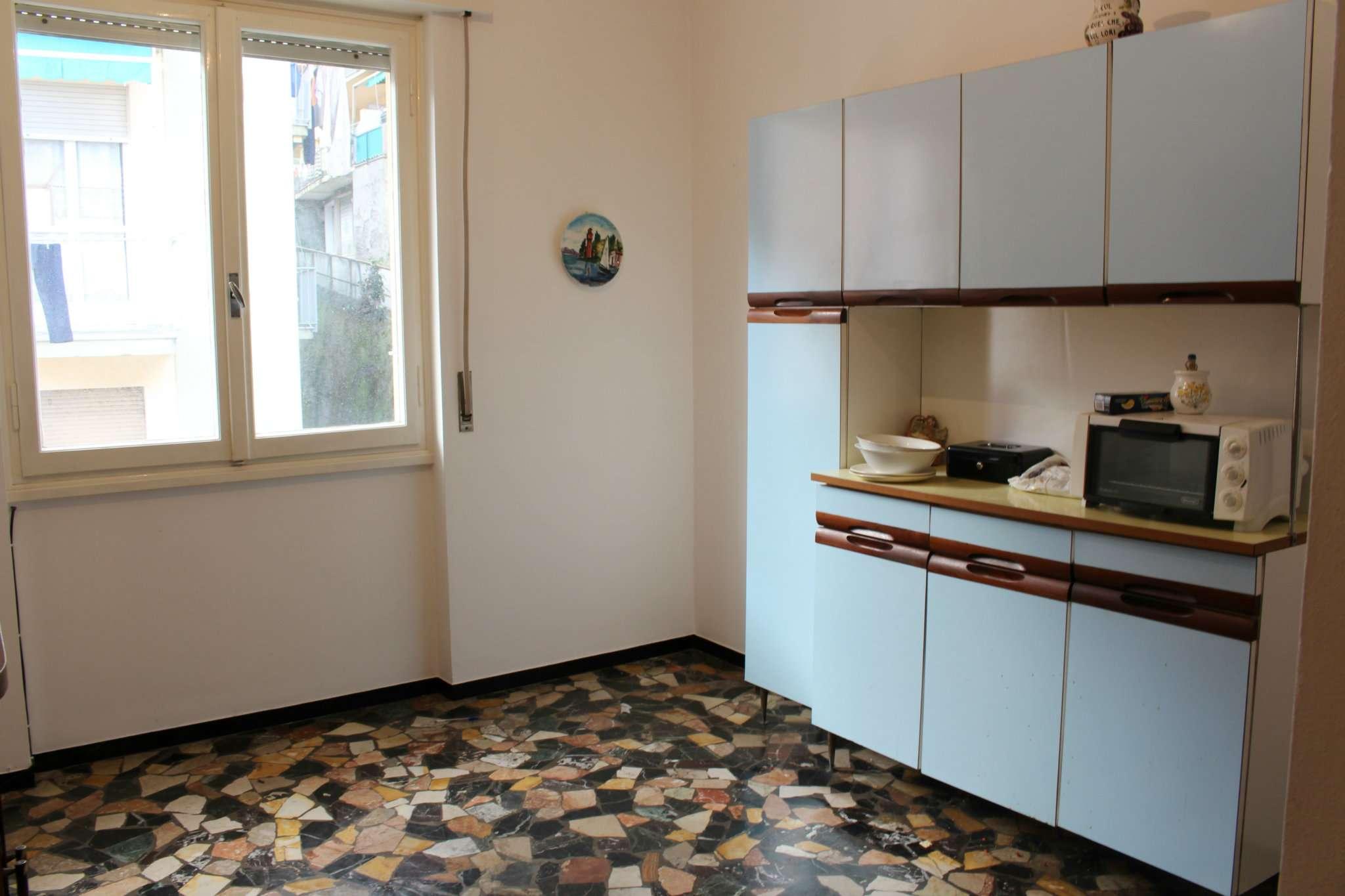 Appartamento da ristrutturare in vendita Rif. 9046037