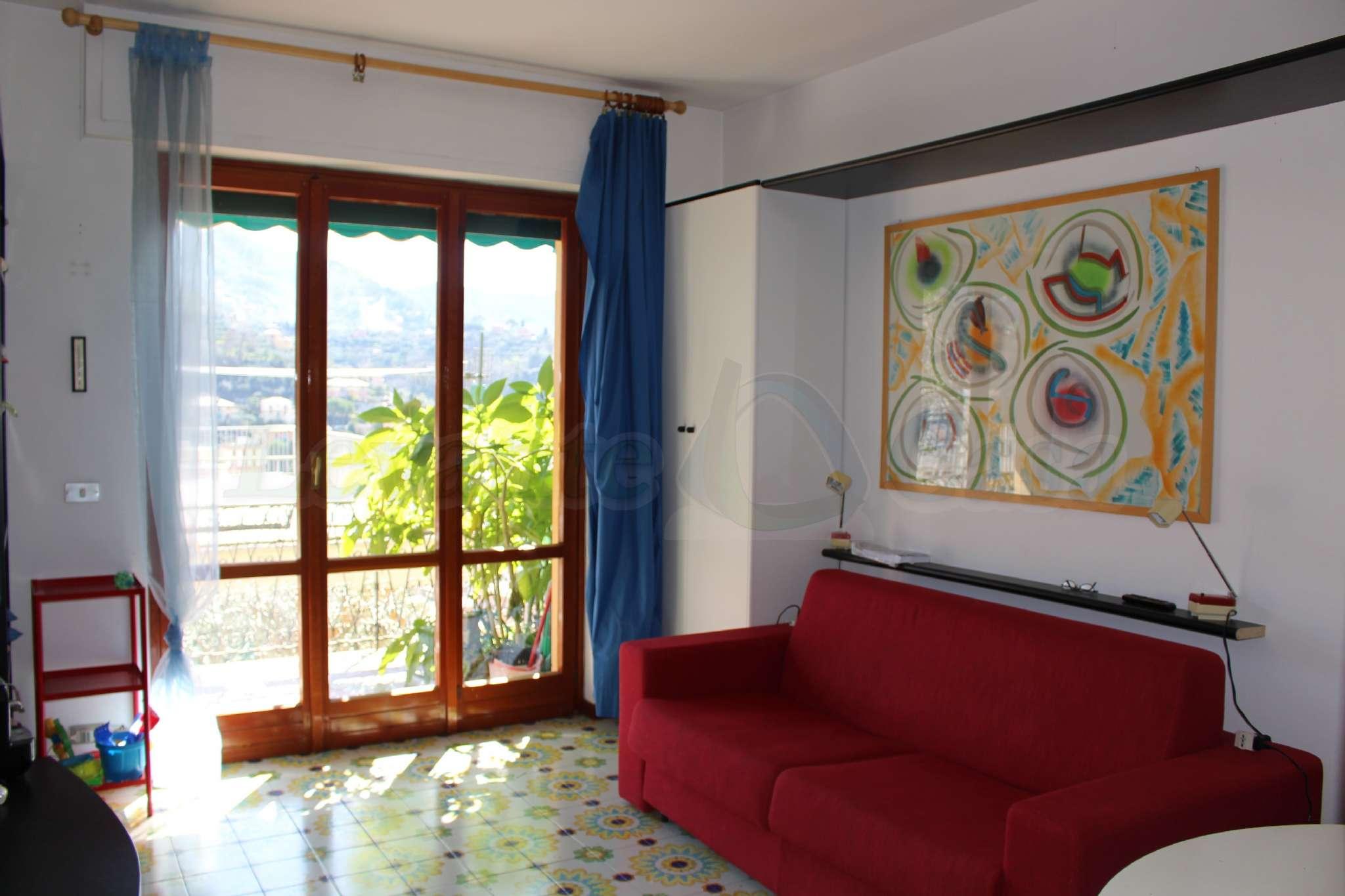 Appartamento in vendita a Recco, 2 locali, prezzo € 105.000 | PortaleAgenzieImmobiliari.it