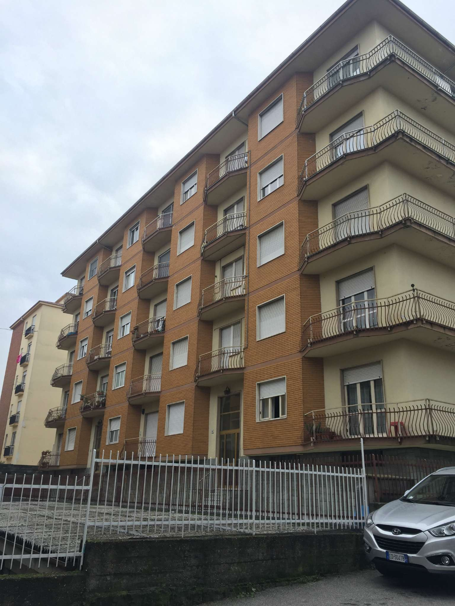 Appartamento in vendita a Asti, 3 locali, prezzo € 75.000 | CambioCasa.it