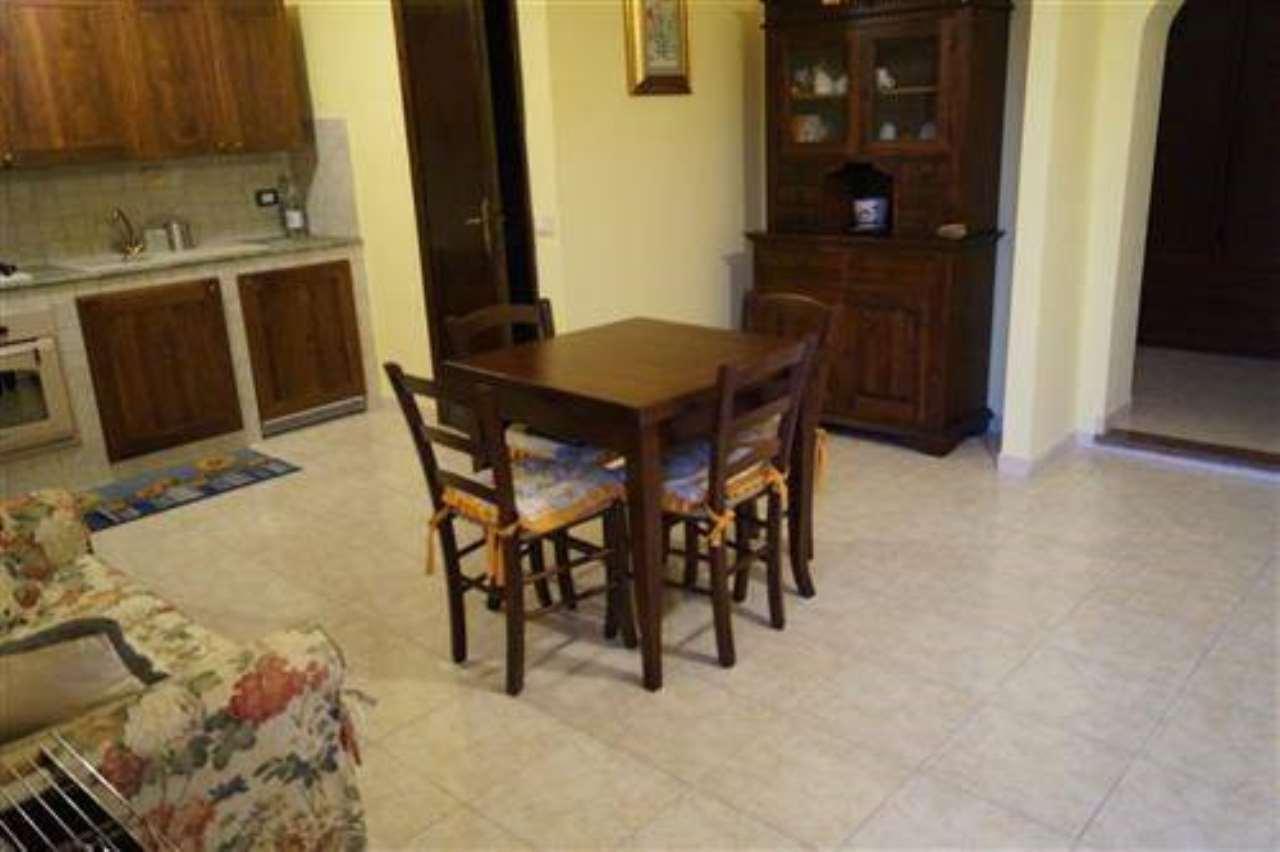 Appartamento in vendita a Rocca Sinibalda, 1 locali, prezzo € 40.000 | CambioCasa.it