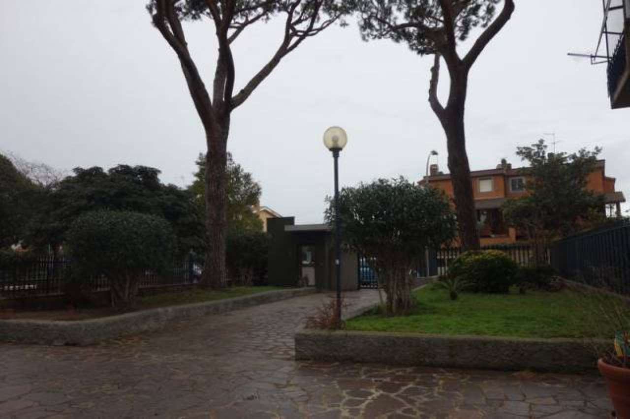 Attico / Mansarda in vendita a Roma, 5 locali, zona Zona: 38 . Acilia, Vitinia, Infernetto, Axa, Casal Palocco, Madonnetta, prezzo € 285.000 | CambioCasa.it