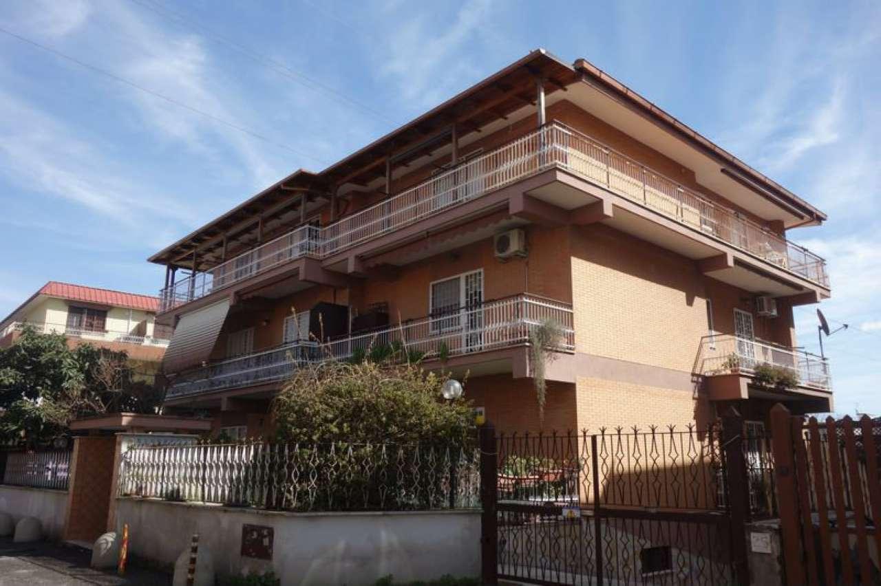 Appartamento in vendita a Roma, 4 locali, zona Zona: 12 . Cinecittà,Don Bosco, Lucrezia Romana, prezzo € 335.000 | CambioCasa.it