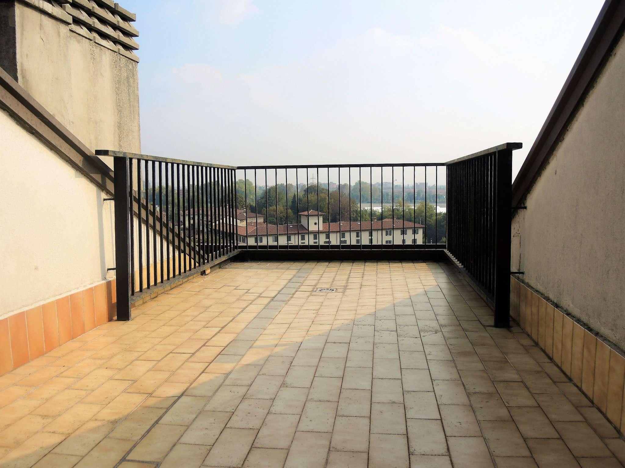 Appartamento in buone condizioni in vendita Rif. 5031123