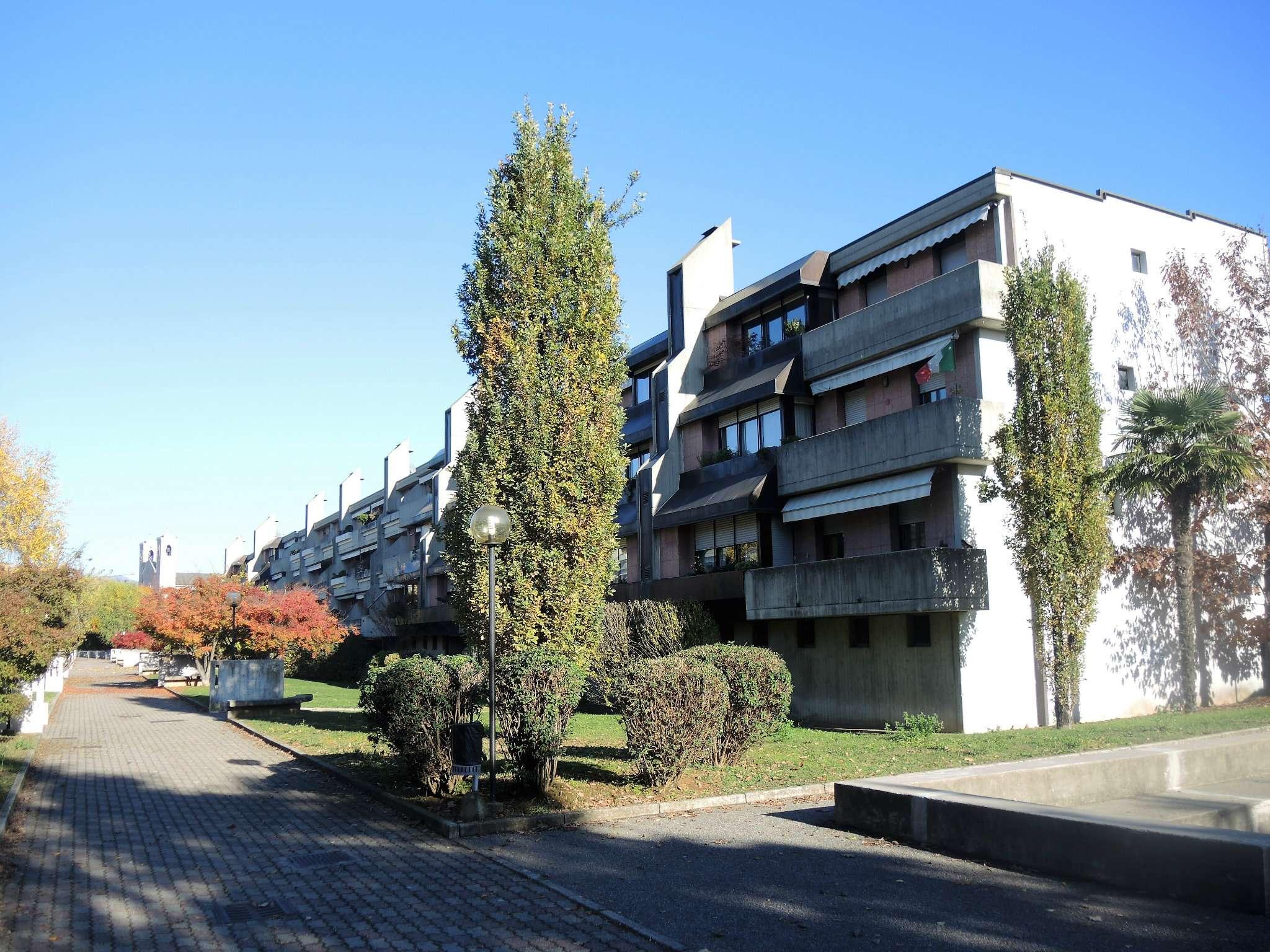 Appartamento in buone condizioni in vendita Rif. 5031131