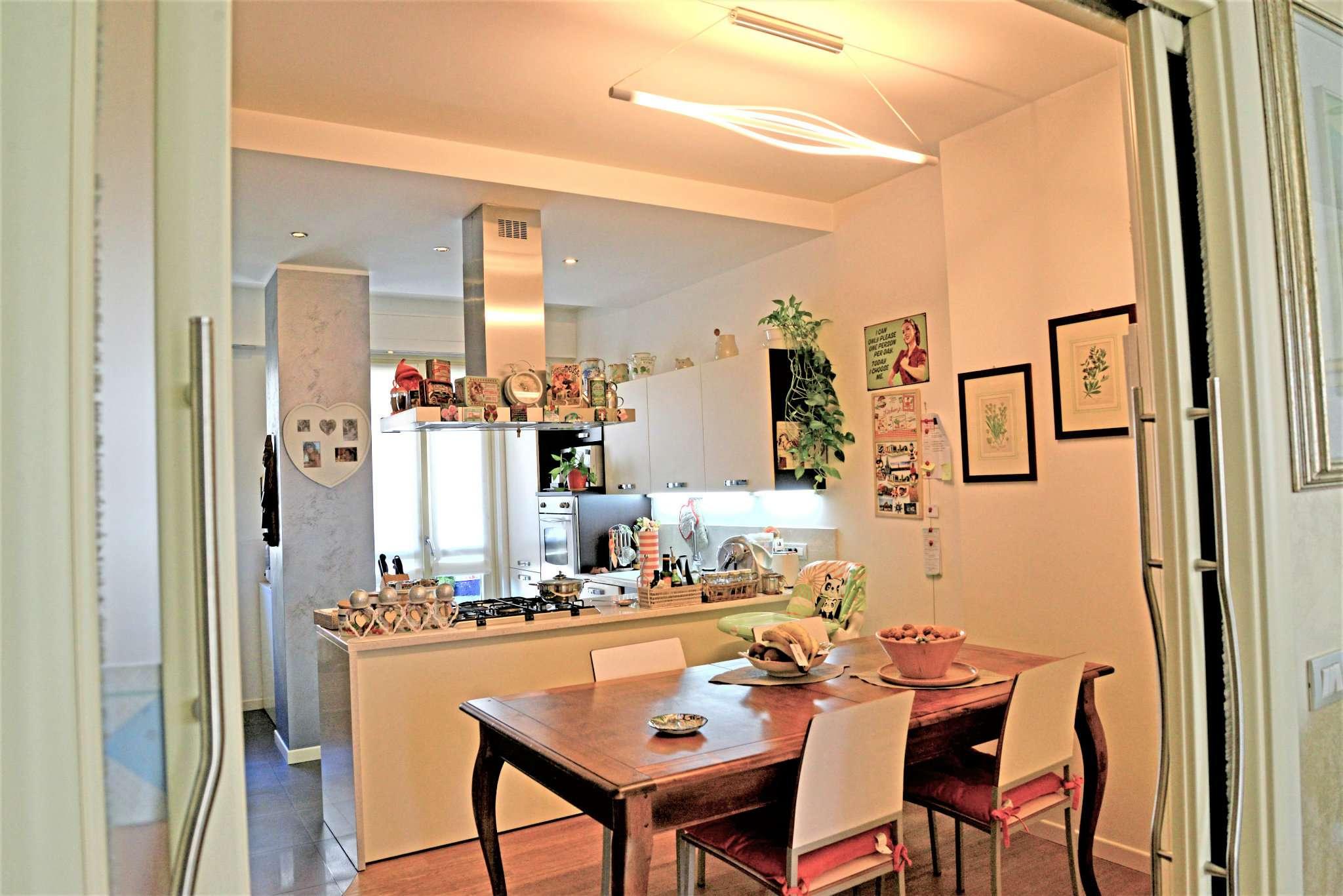 Appartamento in ottime condizioni in vendita Rif. 6332295
