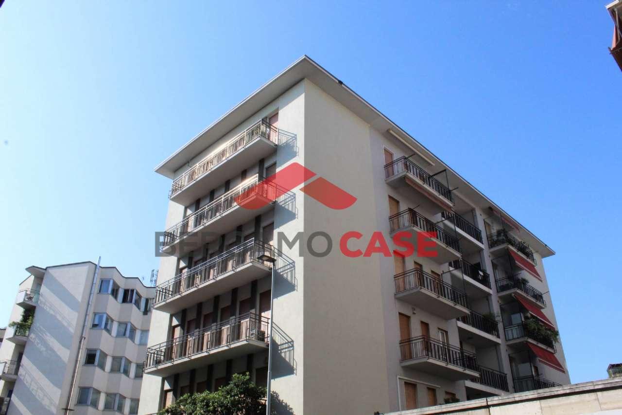 Appartamento in ottime condizioni in vendita Rif. 5031105