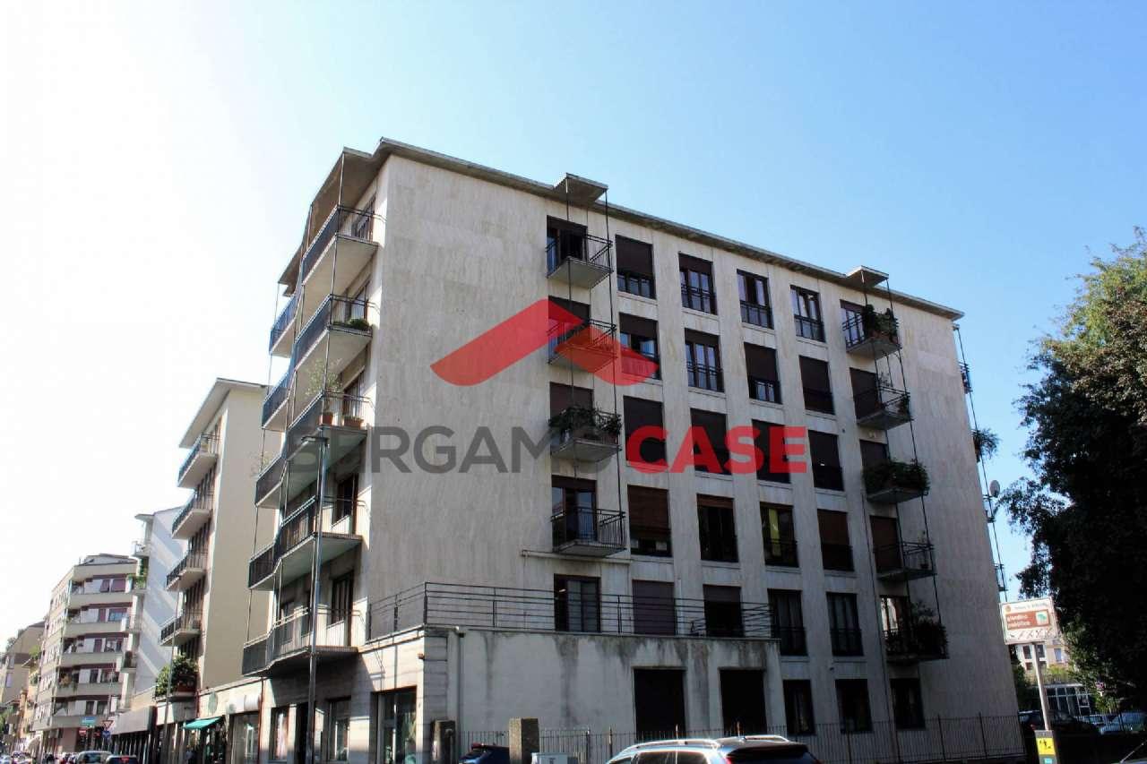Appartamento in ottime condizioni in vendita Rif. 5031104