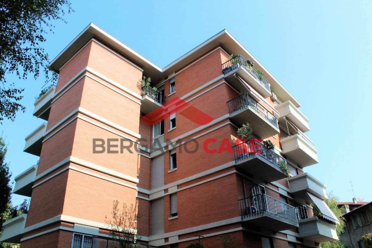 Appartamento da ristrutturare in vendita Rif. 7968950