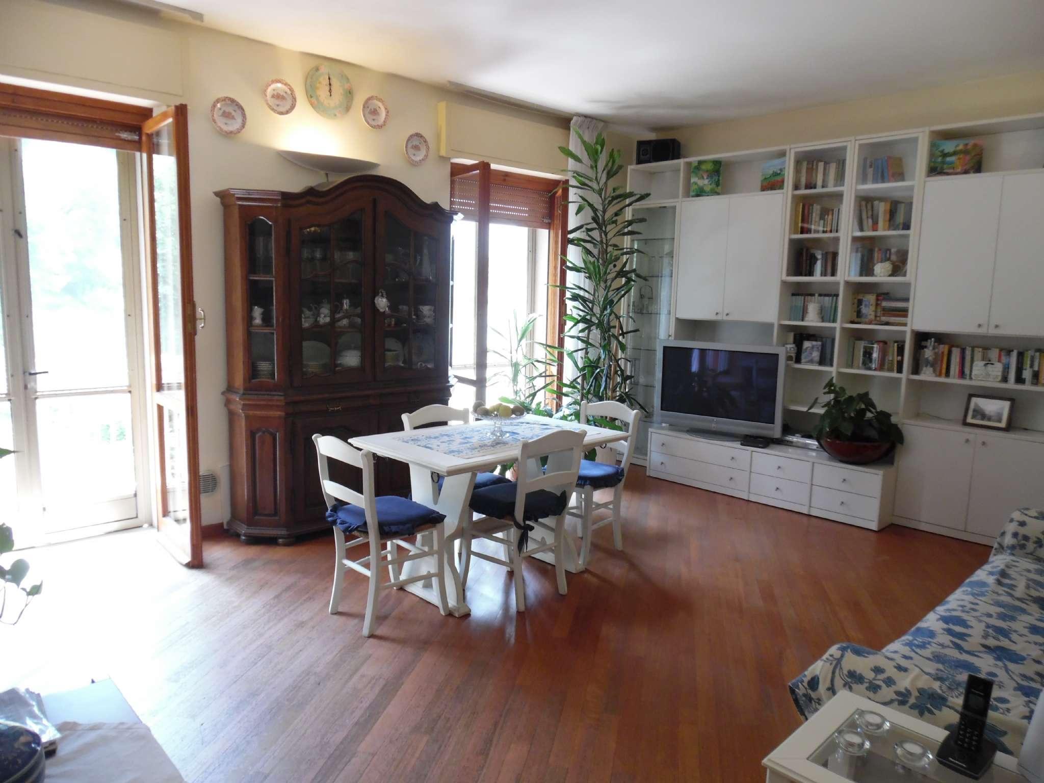 Appartamento in ottime condizioni in vendita Rif. 7044822