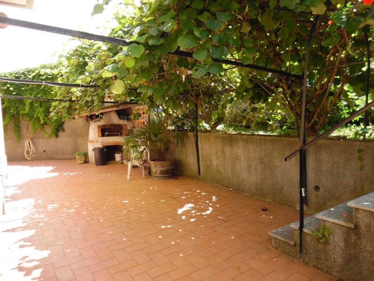 Torrazza - 5 vani perfetti con grandissimo giardino, posto auto e cantina