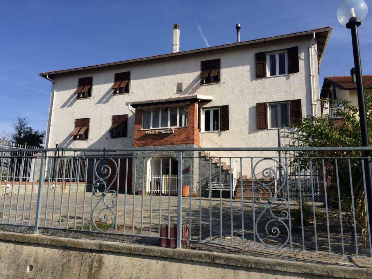 Soluzione Semindipendente in affitto a Serra Riccò, 4 locali, prezzo € 850 | CambioCasa.it