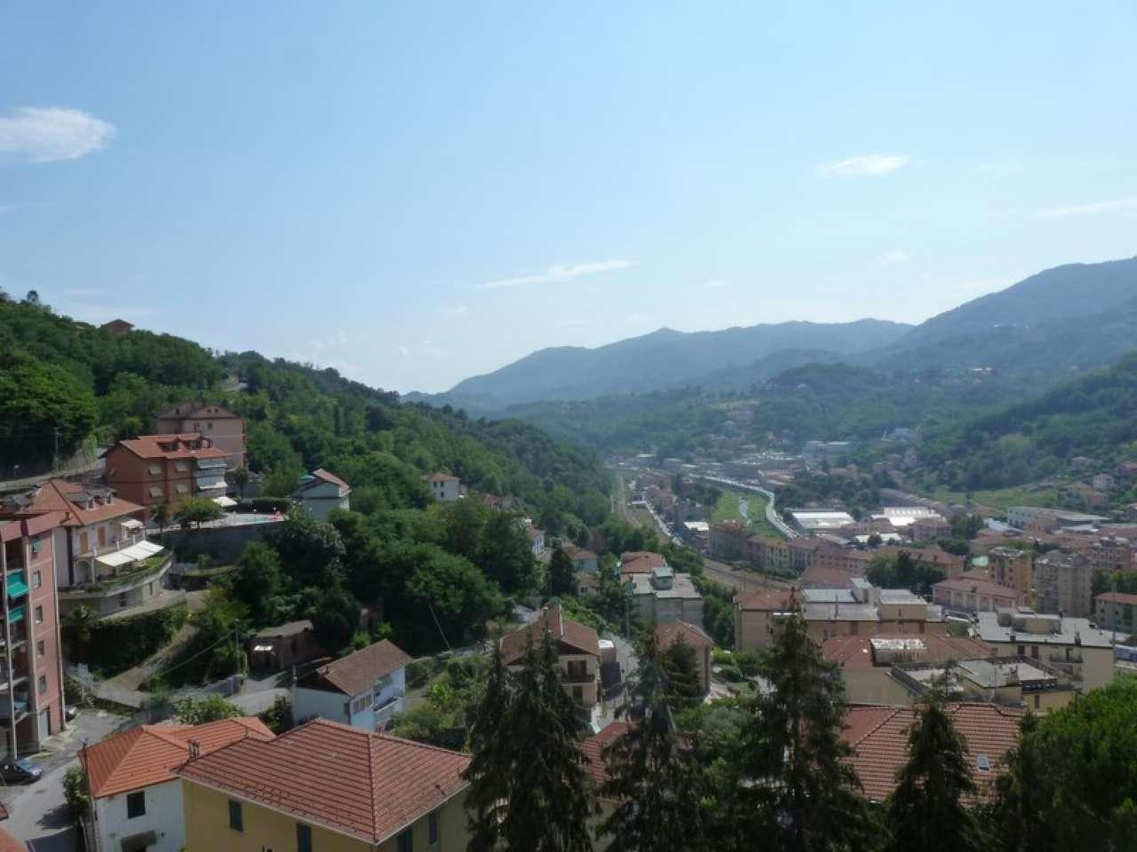 Appartamento in vendita a Serra Riccò, 4 locali, prezzo € 195.000 | CambioCasa.it