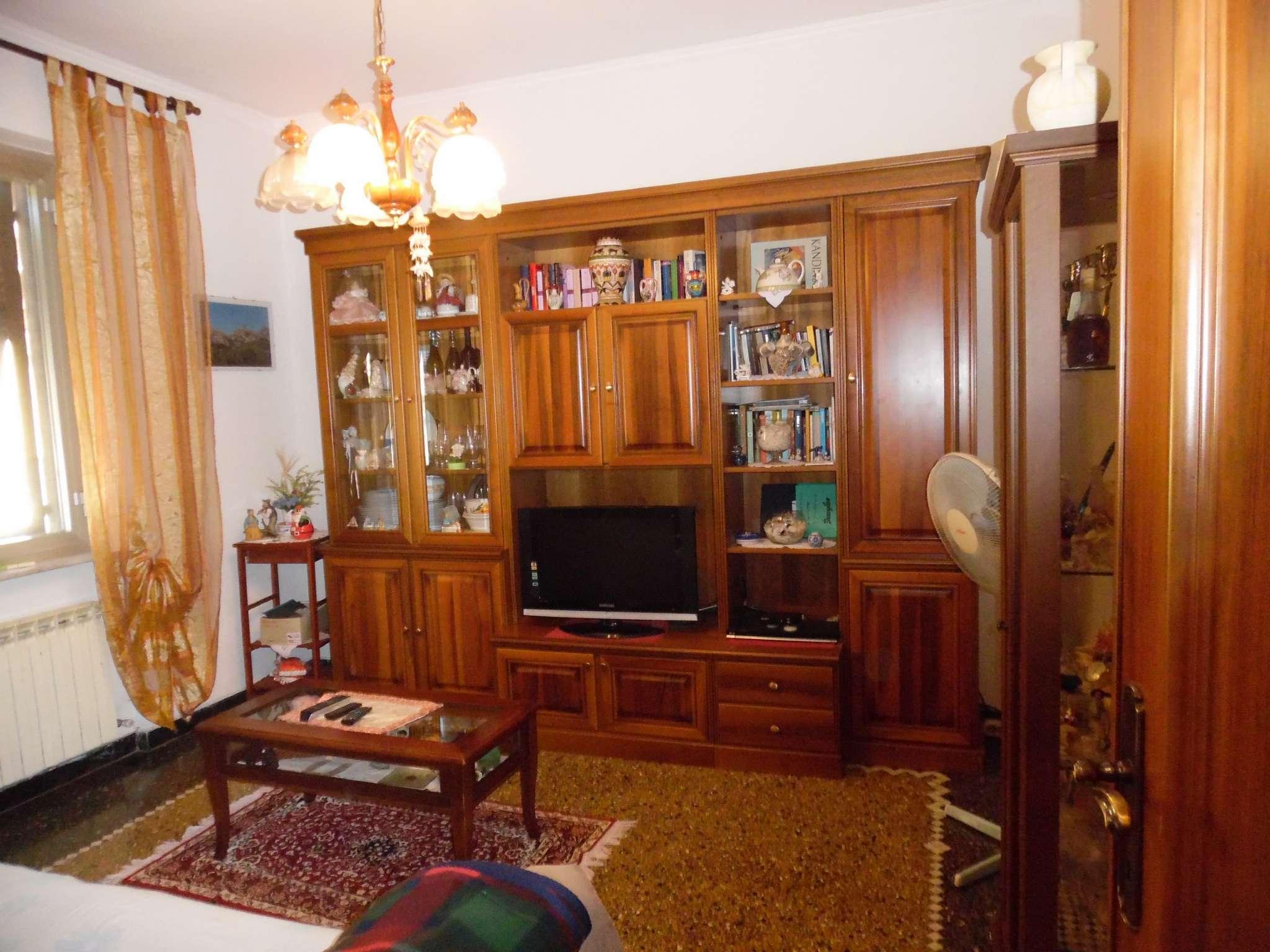 Appartamento in vendita a Serra Riccò, 3 locali, prezzo € 110.000 | CambioCasa.it