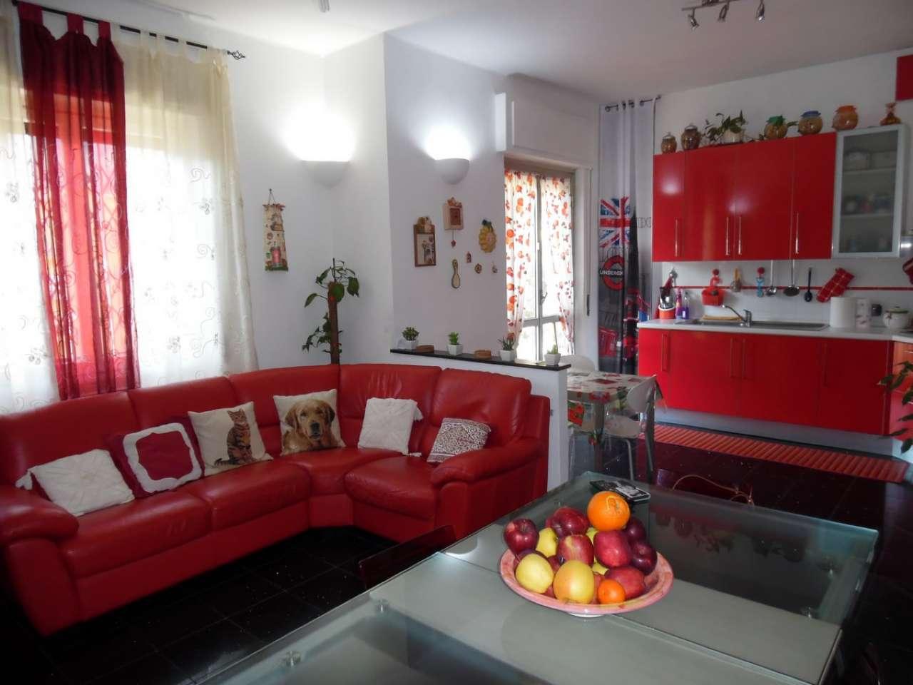 Appartamento in vendita a Serra Riccò, 4 locali, prezzo € 130.000   CambioCasa.it