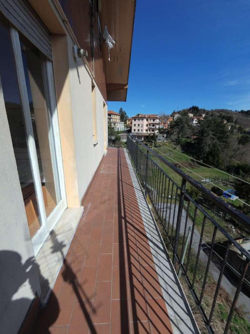 Appartamento in affitto a Mignanego, 4 locali, prezzo € 350   CambioCasa.it