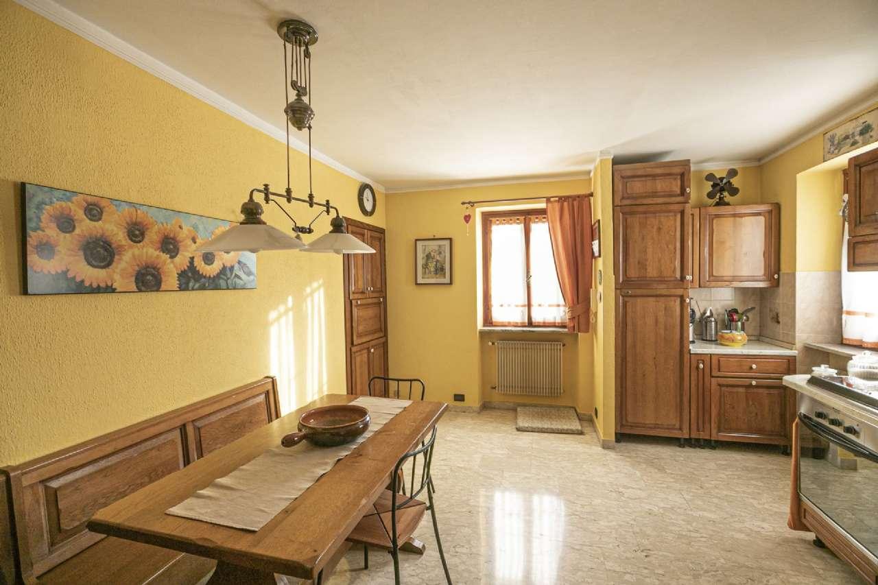 Appartamento in vendita a Mignanego, 4 locali, prezzo € 90.000 | PortaleAgenzieImmobiliari.it