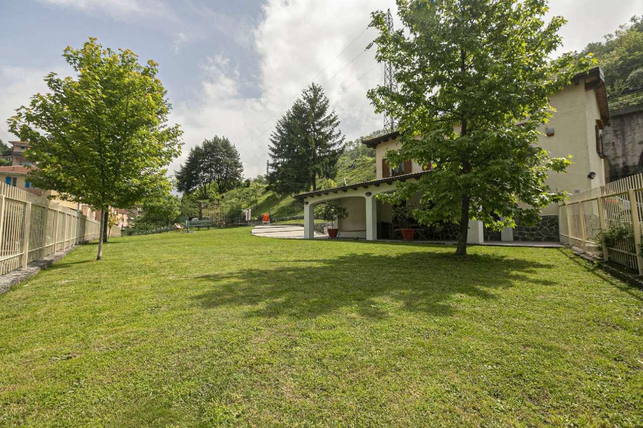 Soluzione Indipendente in vendita a Serra Riccò, 6 locali, prezzo € 285.000   PortaleAgenzieImmobiliari.it