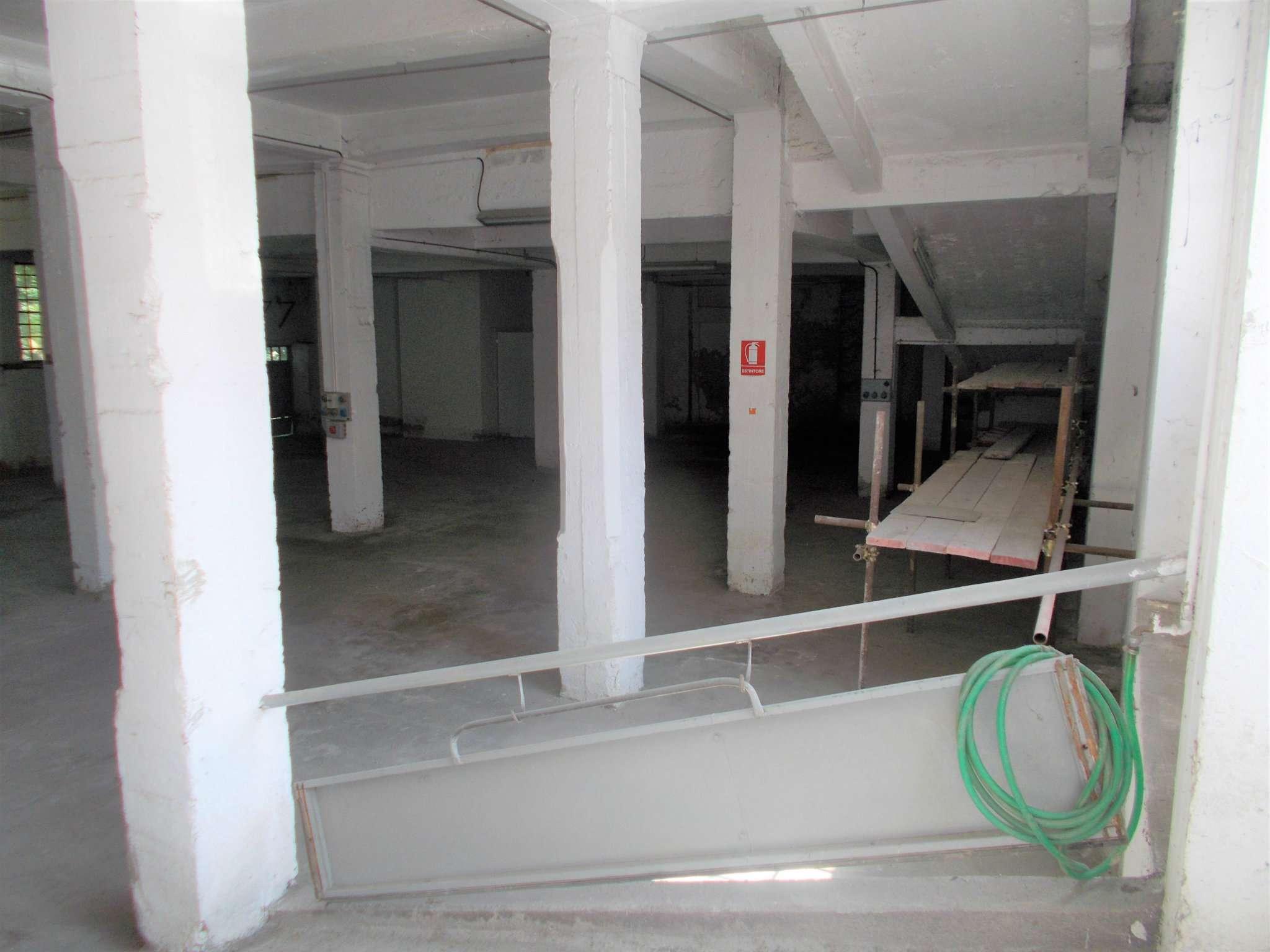 Laboratorio in affitto a Mignanego, 1 locali, prezzo € 600 | CambioCasa.it