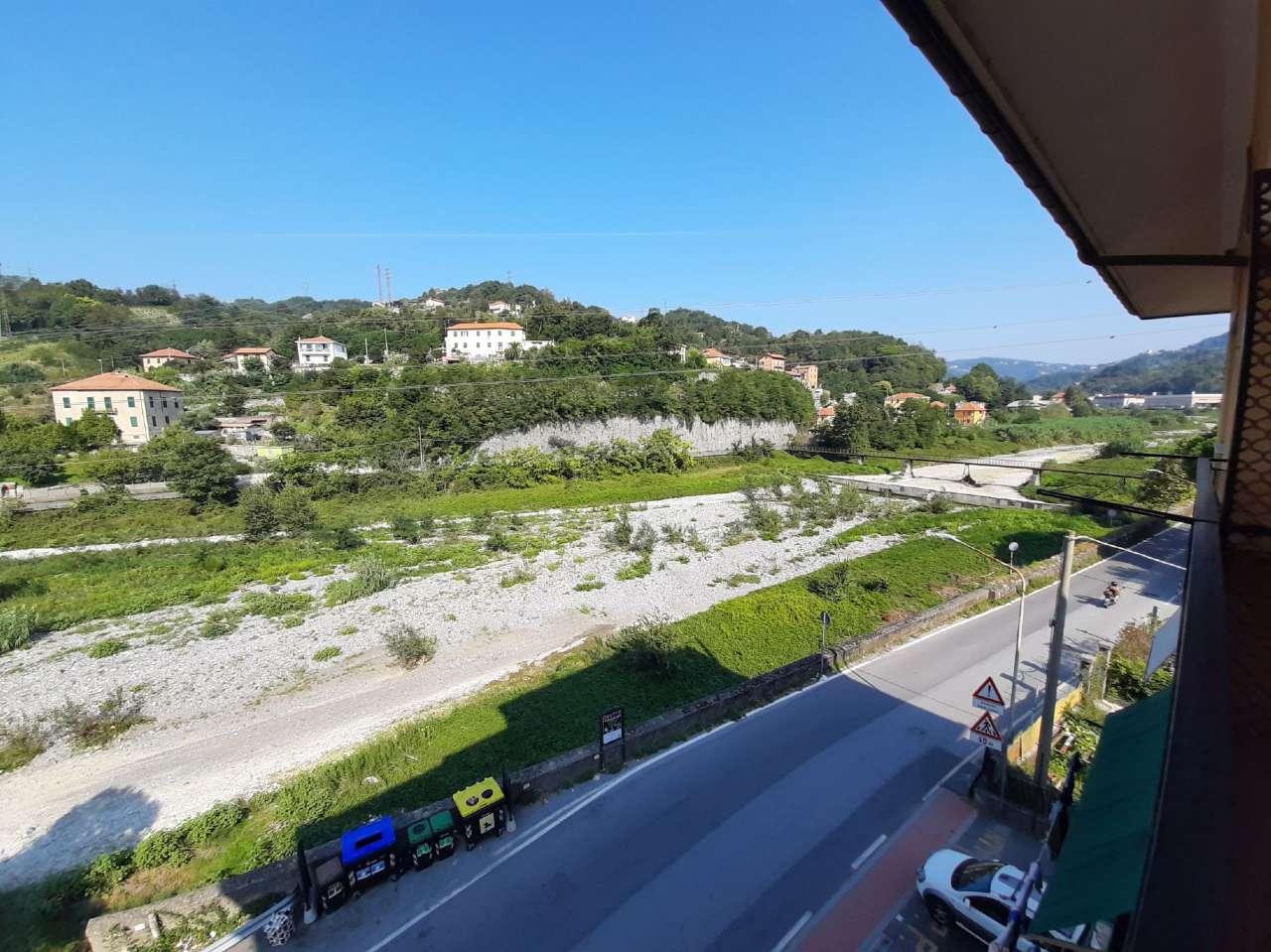 Appartamento in vendita a Sant'Olcese, 4 locali, prezzo € 145.000   CambioCasa.it