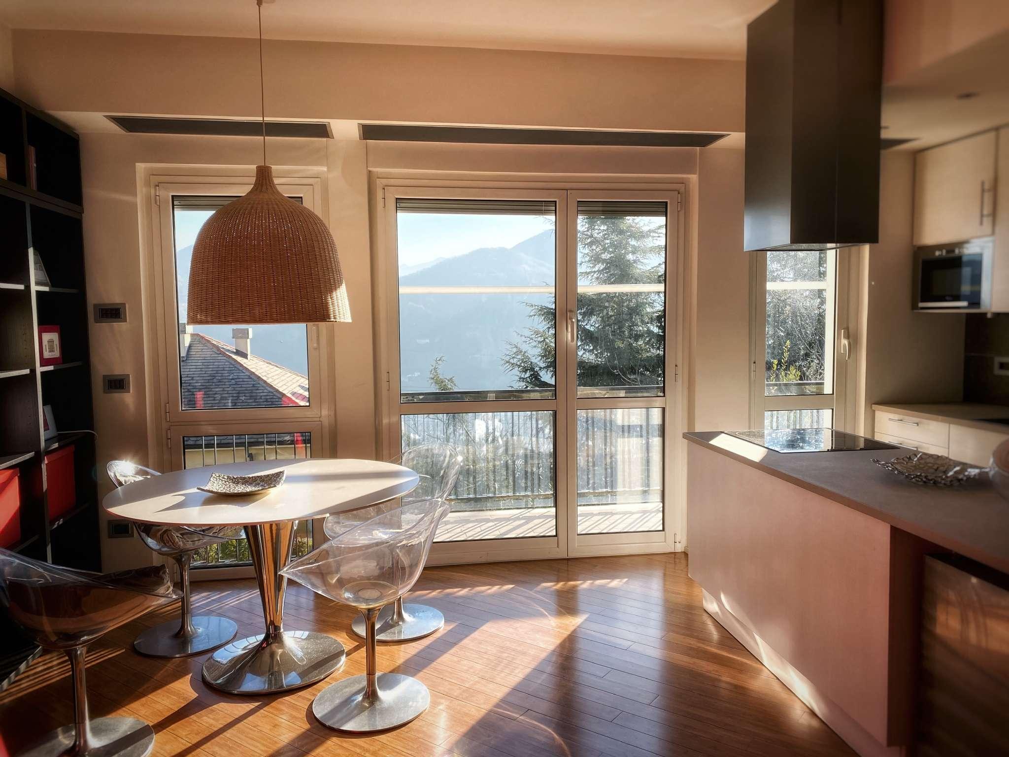 Appartamento in vendita a Serra Riccò, 6 locali, prezzo € 185.000   CambioCasa.it