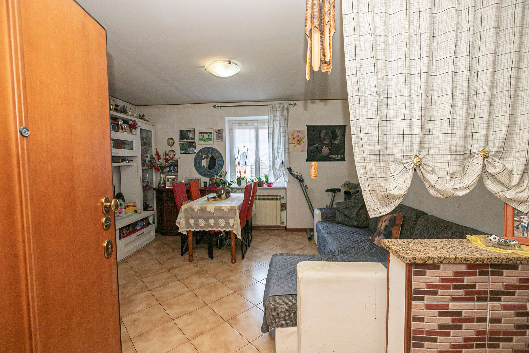 Appartamento in vendita a Campomorone, 5 locali, prezzo € 60.000 | CambioCasa.it