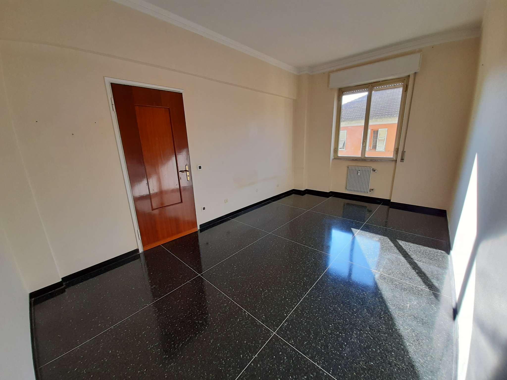 Appartamento in affitto a Genova, 3 locali, zona Pontedecimo, prezzo € 400 | PortaleAgenzieImmobiliari.it