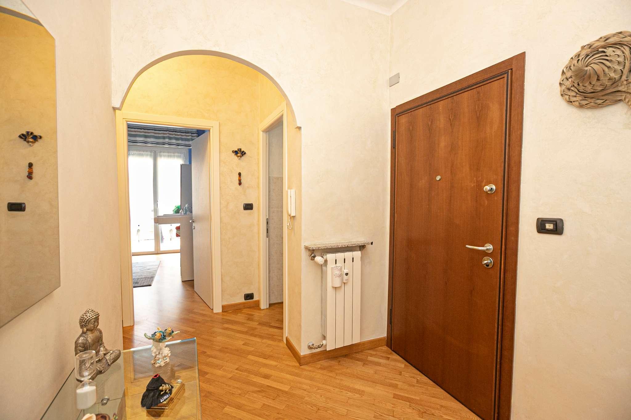 Appartamento in vendita a Campomorone, 4 locali, prezzo € 122.000 | CambioCasa.it