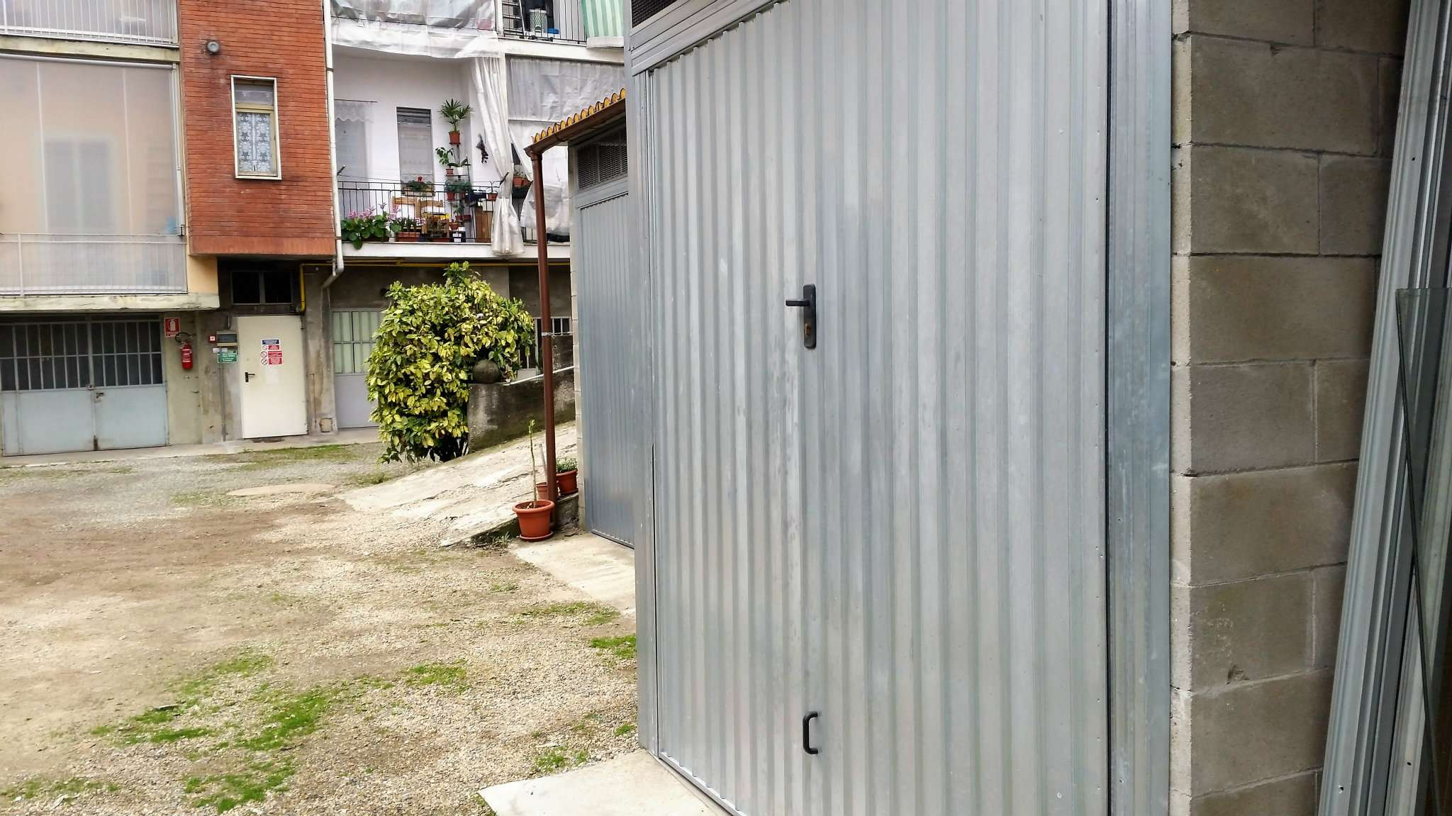 Foto 10 di Box / Garage via Colonna 6, Torino