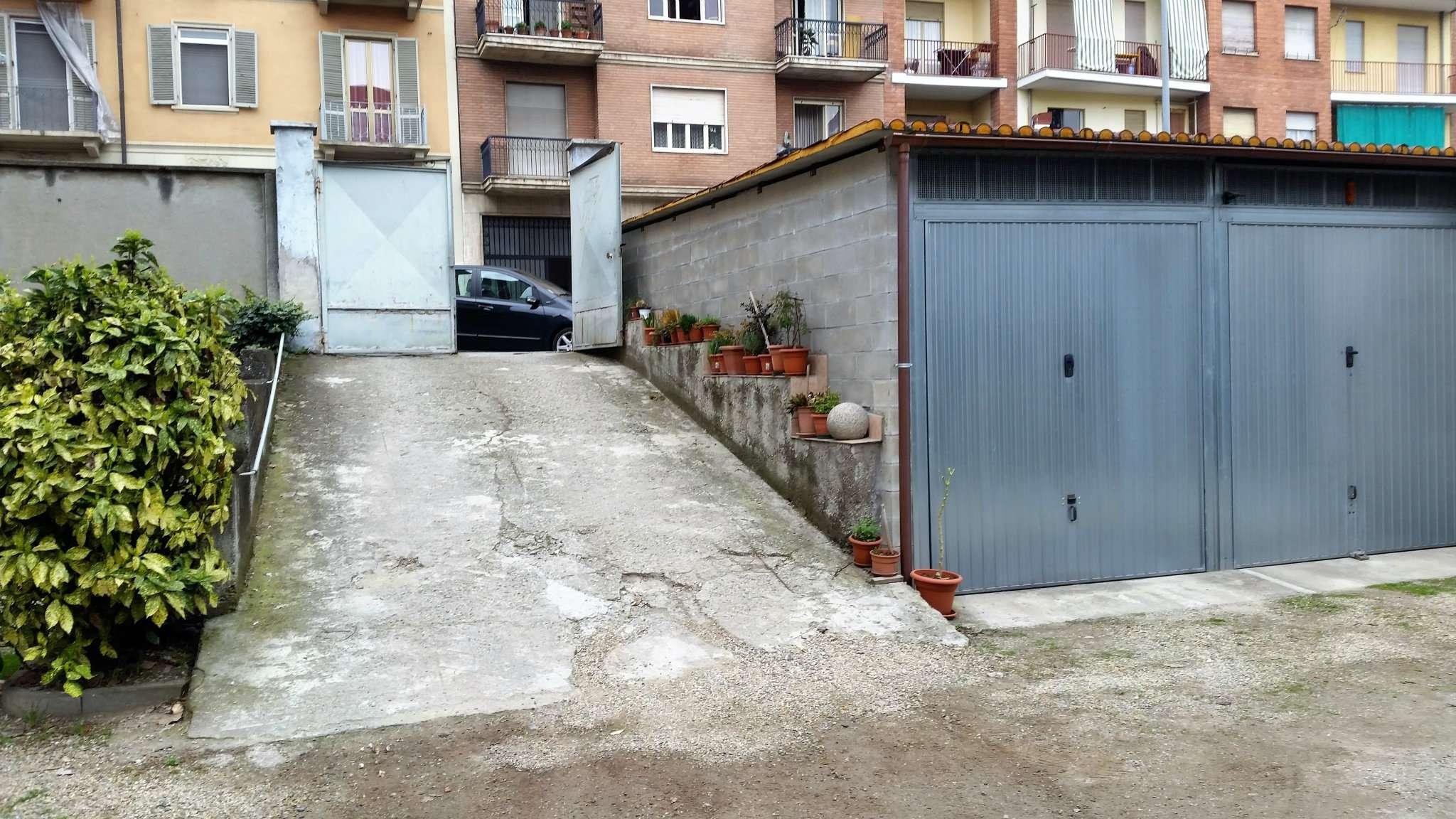 Foto 5 di Box / Garage via Colonna 6, Torino