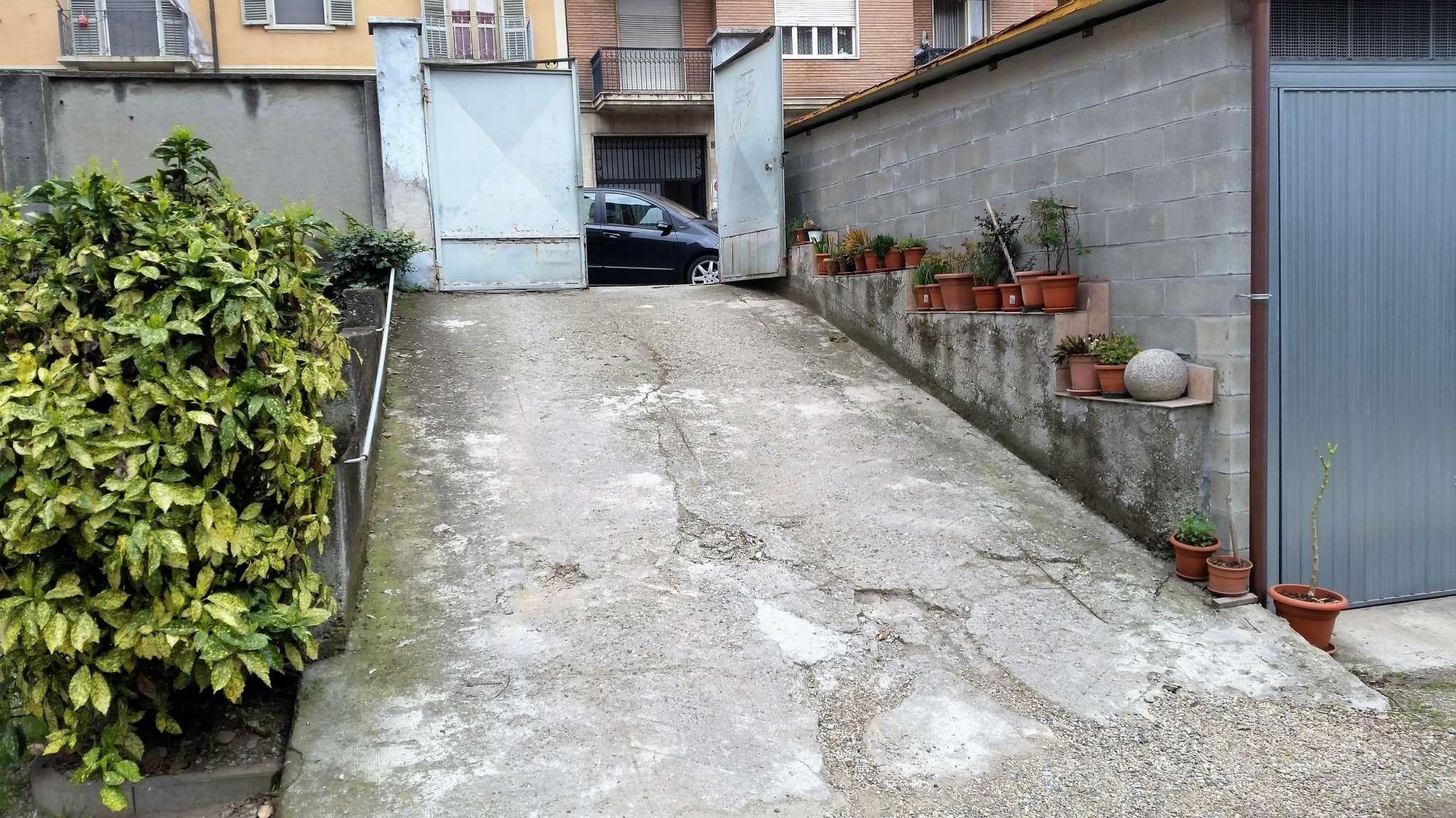 Foto 2 di Box / Garage via Colonna 6, Torino