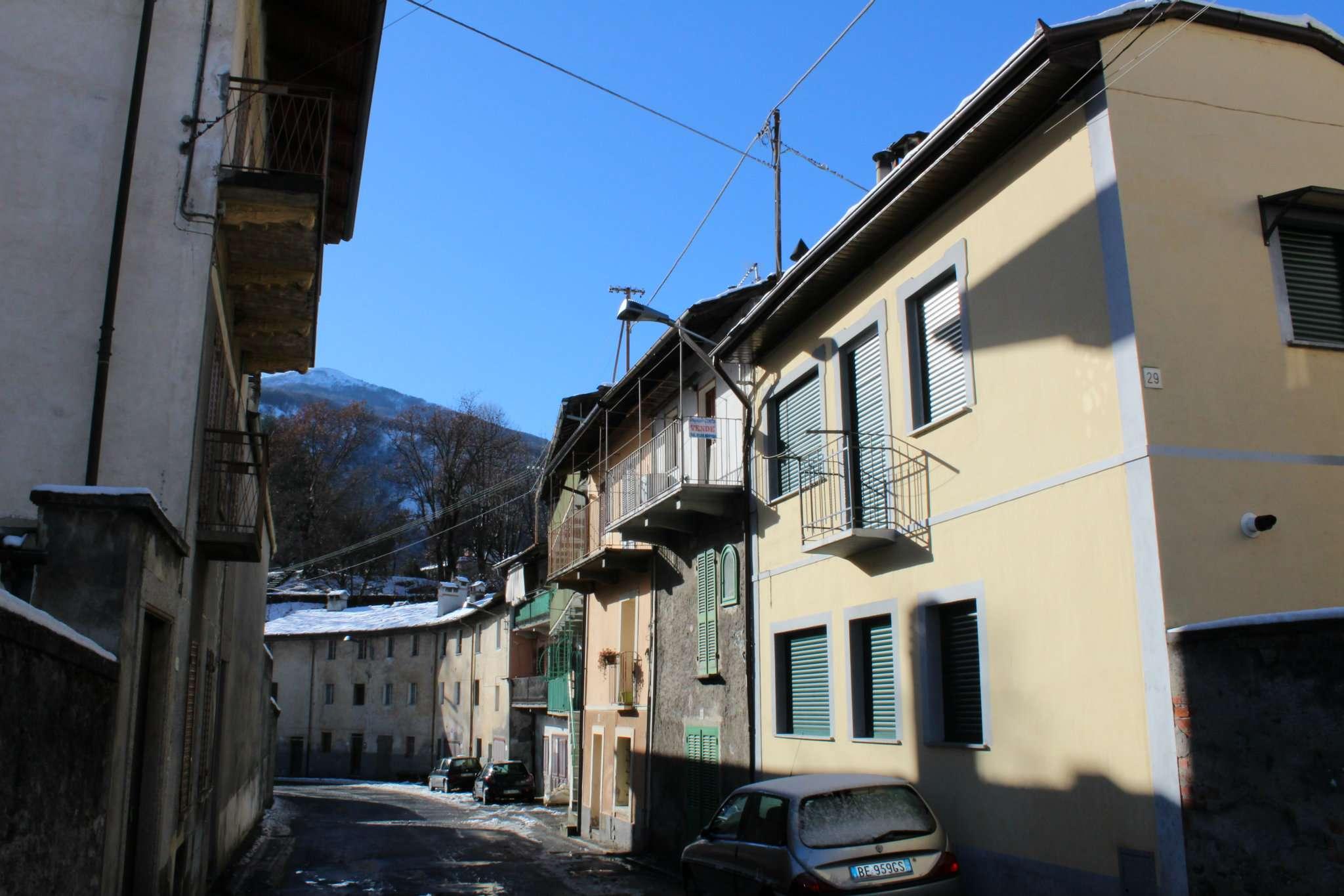 Appartamento in vendita a Pont-Canavese, 1 locali, prezzo € 20.000 | CambioCasa.it